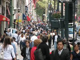 crowded-sidewalk