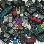 pile-of-mobile-phones