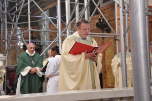 Monsignor Harrington in Cathedral of Saint Joseph. Photo: The Tablet